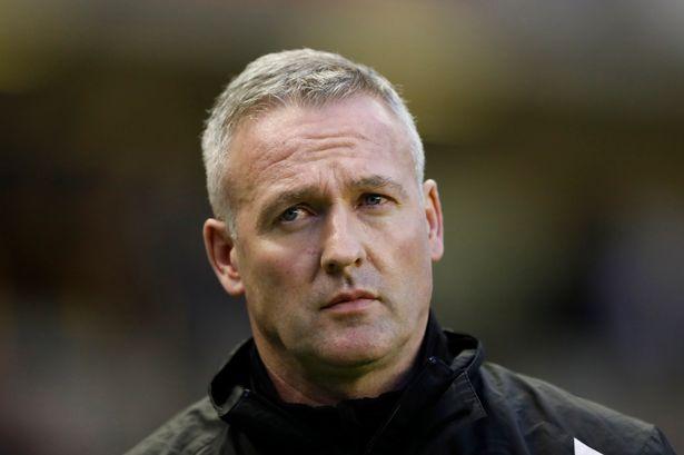 Wolverhampton-Wanderers-manager-Paul-Lambert-before-the-match